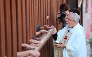 Migrantes-obispos-encuentro