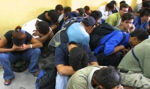 migrantes-retenidos-nuevloen